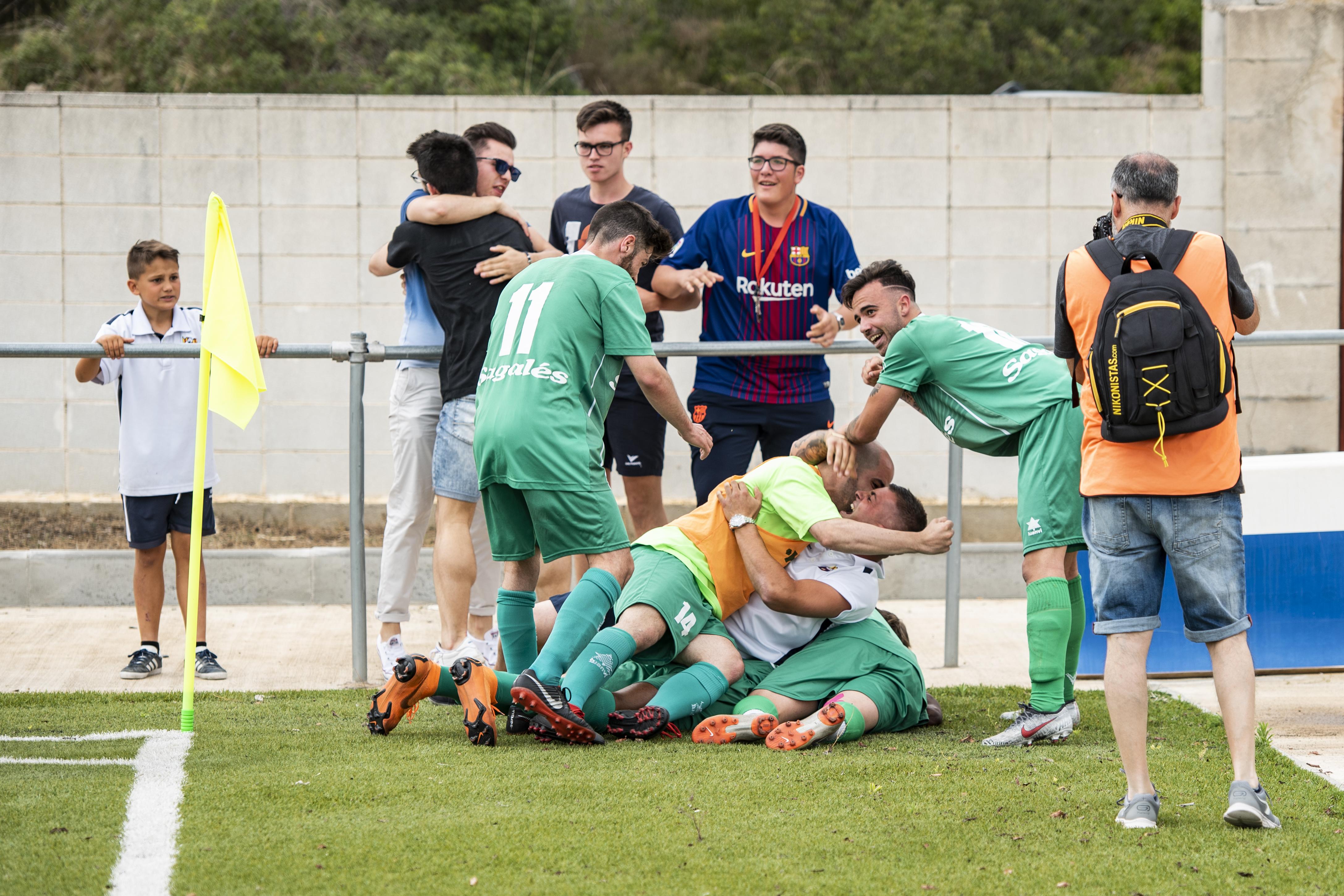 Celebració del segon gol