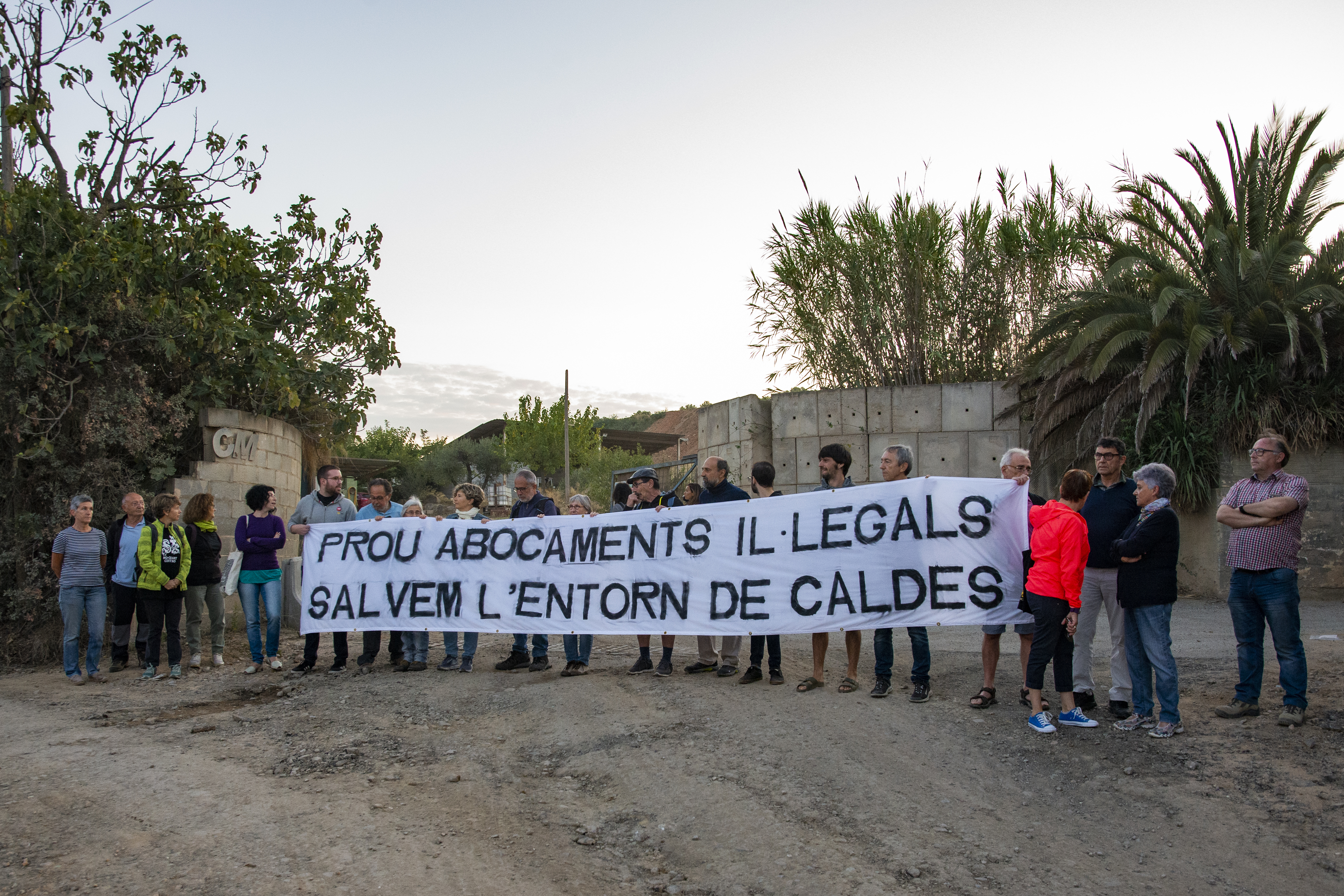 Acció veïnal en contra de l'activitat a Can Cararac