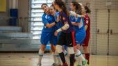 Les calderines celebren un dels gols del partit (S. Akinova)